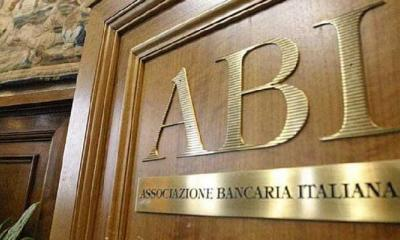 İtalyan Bankacılık Sektörü Merkezsizleşmeyi Tercih Etti!